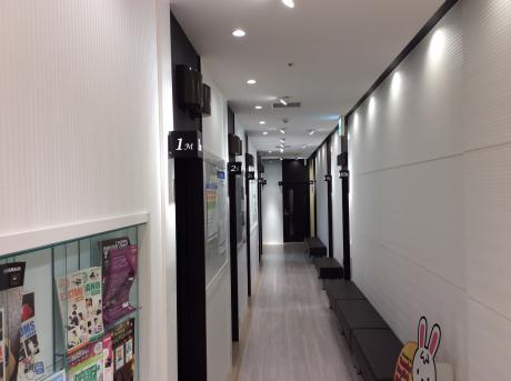 大小合わせて12のレッスン室